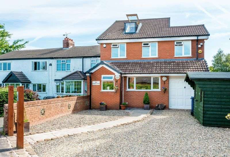 4 Bedrooms Detached House for sale in Barrow Nook Lane, Bickerstaffe
