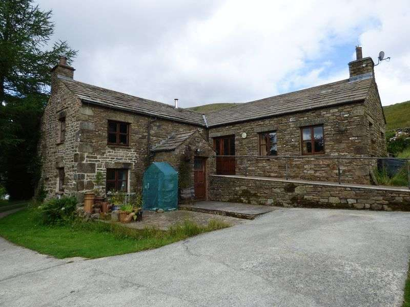 2 Bedrooms Detached House for sale in Cowgill, Dent, Sedbergh