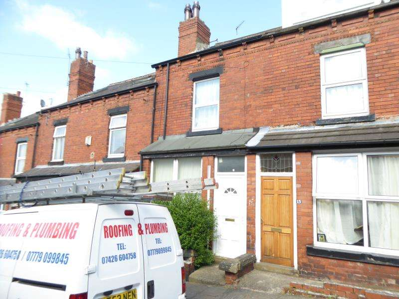 4 Bedrooms Terraced House for sale in Dorset Road, Harehills, LS8