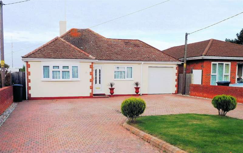 4 Bedrooms Detached Bungalow for sale in Maydowns Road, Chestfield, WHITSTABLE, Kent