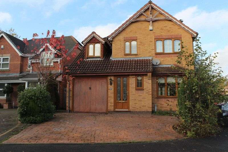 4 Bedrooms Detached House for sale in 10 Fuchsia Close, Priorslee, Telford, Shropshire, TF2 9PG
