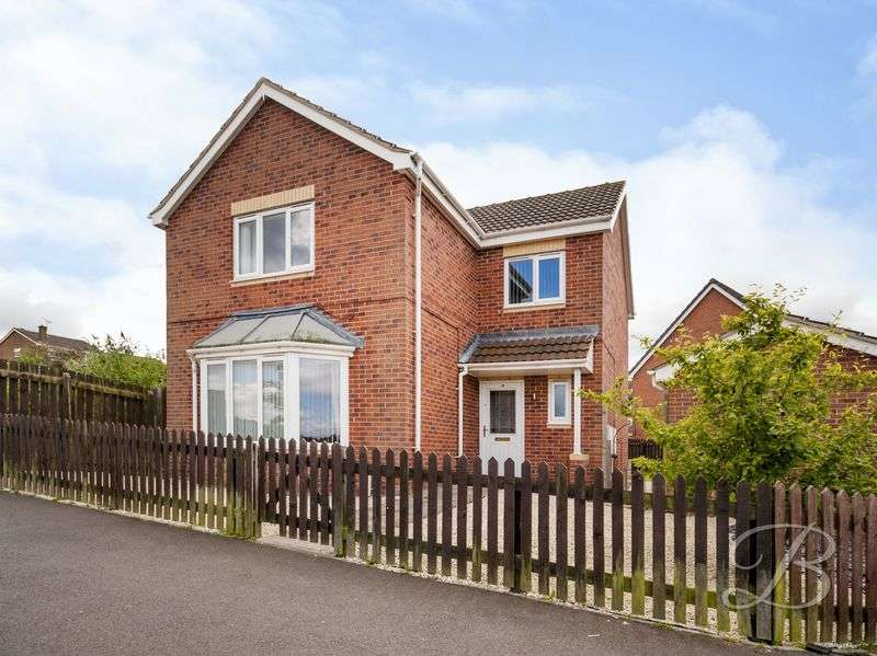 4 Bedrooms Detached House for sale in Holly Road, Forest Town