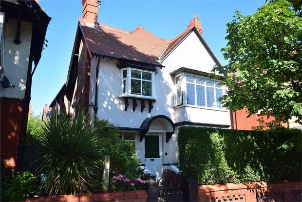5 Bedrooms Detached House for sale in 55 Orchard Road, LYTHAM ST ANNES, Lancashire