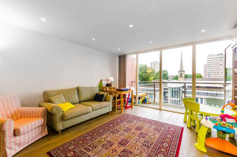 2 Bedrooms Flat for sale in Central Street, Clerkenwell, EC1V