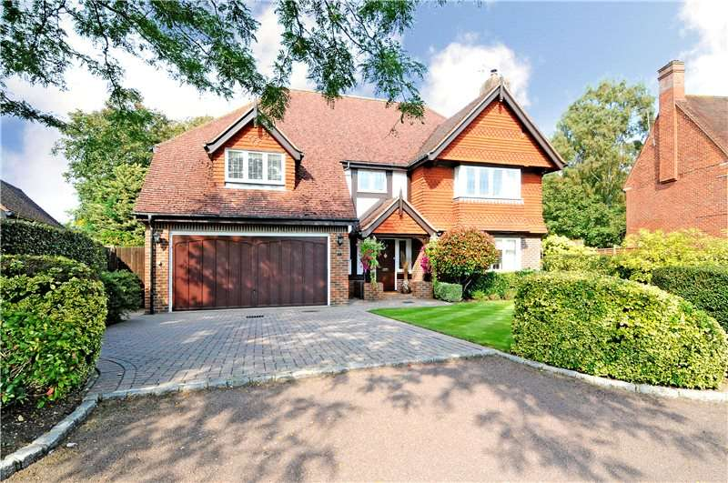 5 Bedrooms Detached House for sale in Pauls Place, Farm Lane, Ashtead, Surrey, KT21