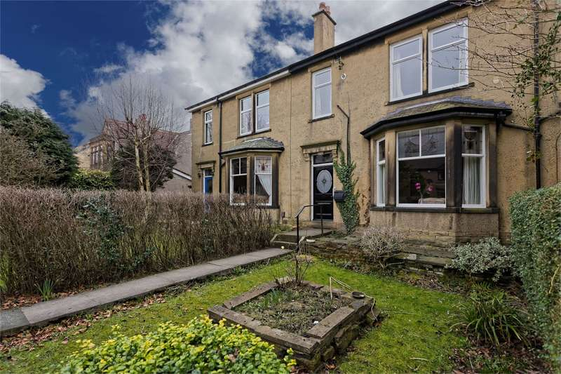 3 Bedrooms Terraced House for sale in Alexandra Road, Pudsey, Leeds, LS28