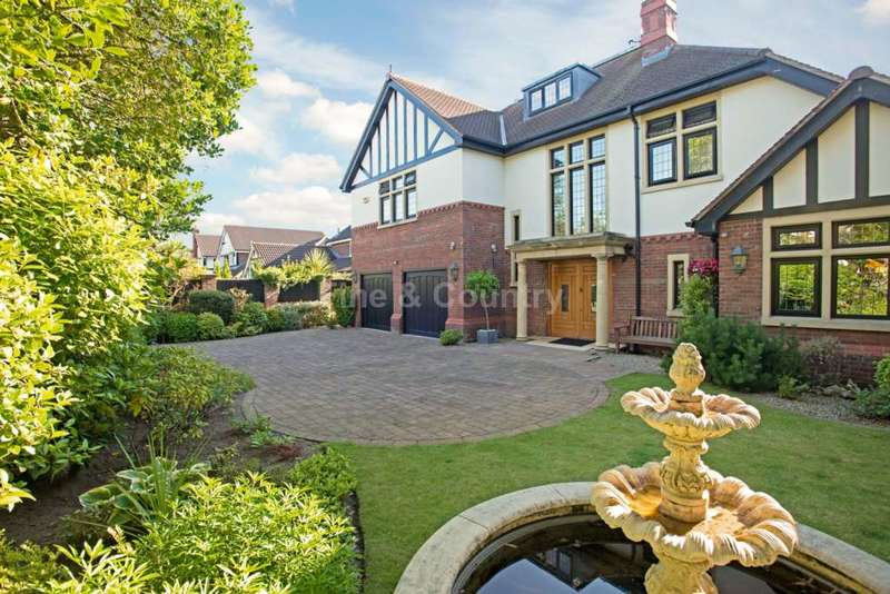 5 Bedrooms Detached House for sale in Argarmeols Road, Freshfield, Formby