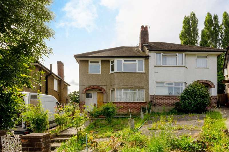 1 Bedroom Flat for sale in Connell Crescent, Ealing, W5