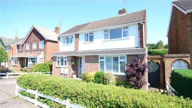 4 Bedrooms Detached House for sale in Mansfield Place, Ascot, Berkshire