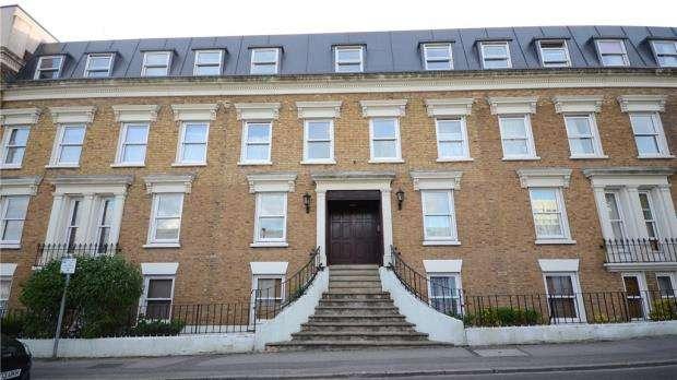 1 Bedroom Apartment Flat for sale in Culdrose House, 1 Frederick Street, Aldershot