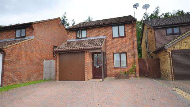 3 Bedrooms Detached House for sale in Northington Close, Bracknell, Berkshire