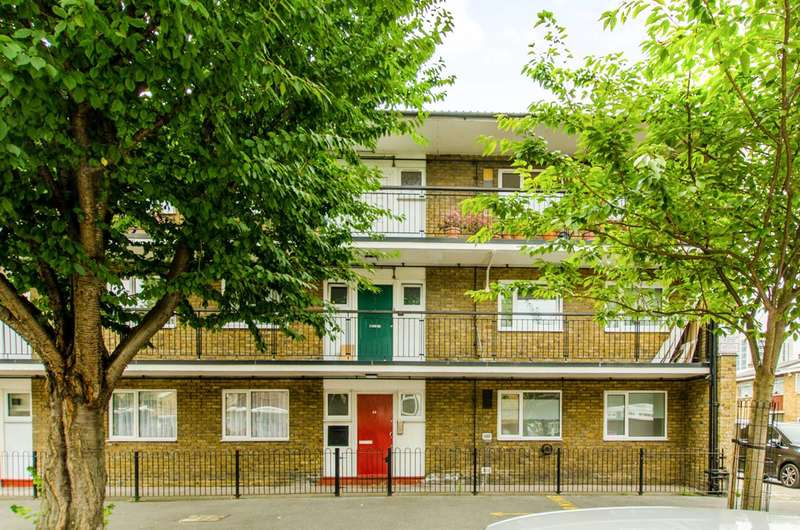 2 Bedrooms Flat for sale in Dora Street, Limehouse, E14