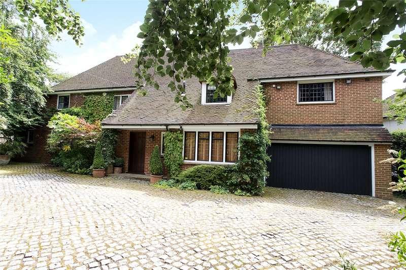 4 Bedrooms Detached House for sale in Hartsbourne Avenue, Bushey Heath, Hertfordshire, WD23