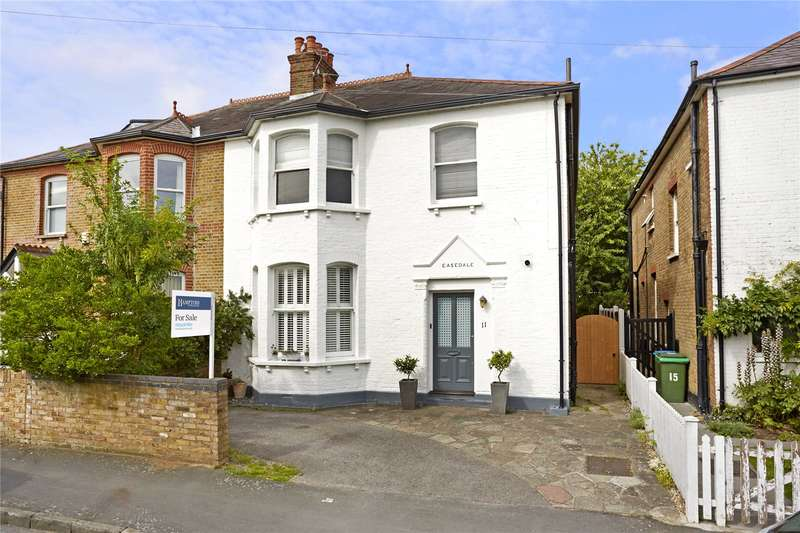 4 Bedrooms Semi Detached House for sale in Highfield Road, Walton-on-Thames, Surrey, KT12