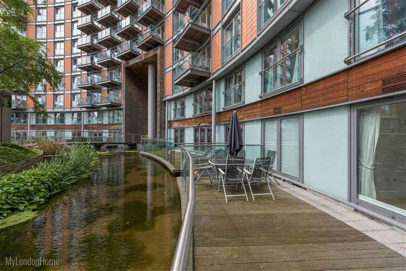 2 Bedrooms Property for sale in New Providence Wharf, Canary Wharf, London, E14