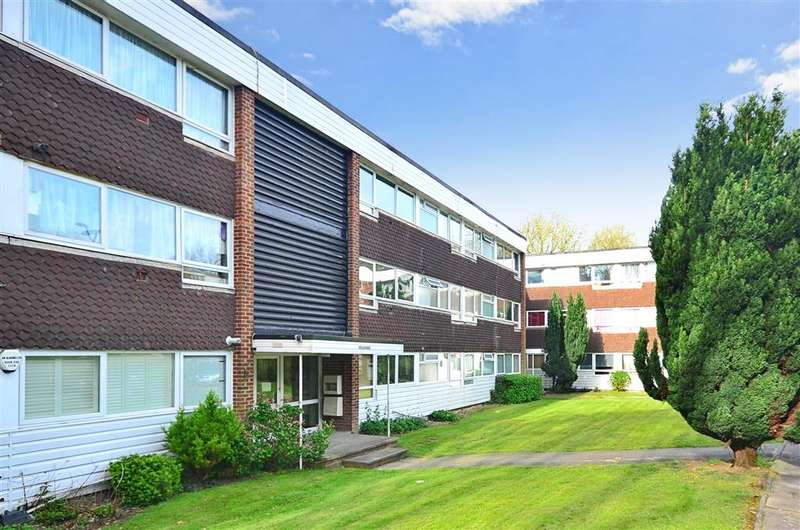 2 Bedrooms Apartment Flat for sale in Ashley Lane, Croydon, Surrey