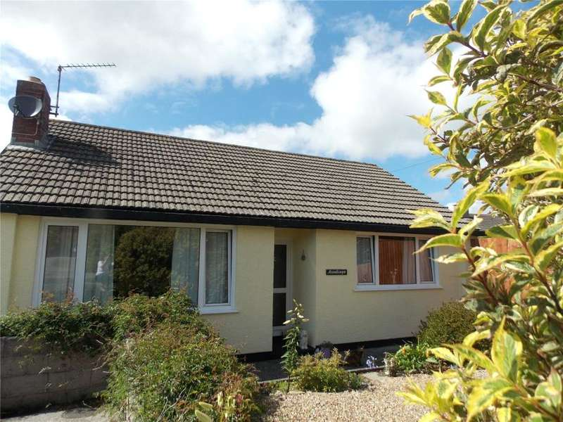 3 Bedrooms Detached Bungalow for sale in Treverbyn Rise, Penryn