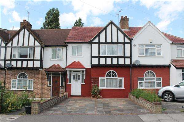 3 Bedrooms Terraced House for sale in Fisher Road, Harrow