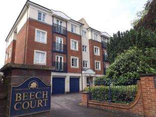 2 Bedrooms Flat for sale in Beech Court, 234 London Road, East Grinstead, West Sussex