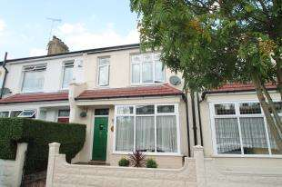 3 Bedrooms Terraced House for sale in Blithdale Road, London