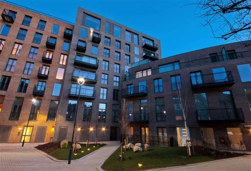 2 Bedrooms Property for sale in Regent Canalside, Camden, London