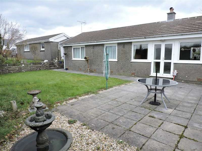 3 Bedrooms Property for sale in Maesycrugiau, Pencader