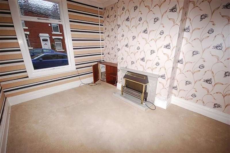 3 Bedrooms Property for sale in Abbotsford Ave, Blackburn