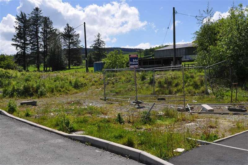 Land Commercial for sale in Trawscoed