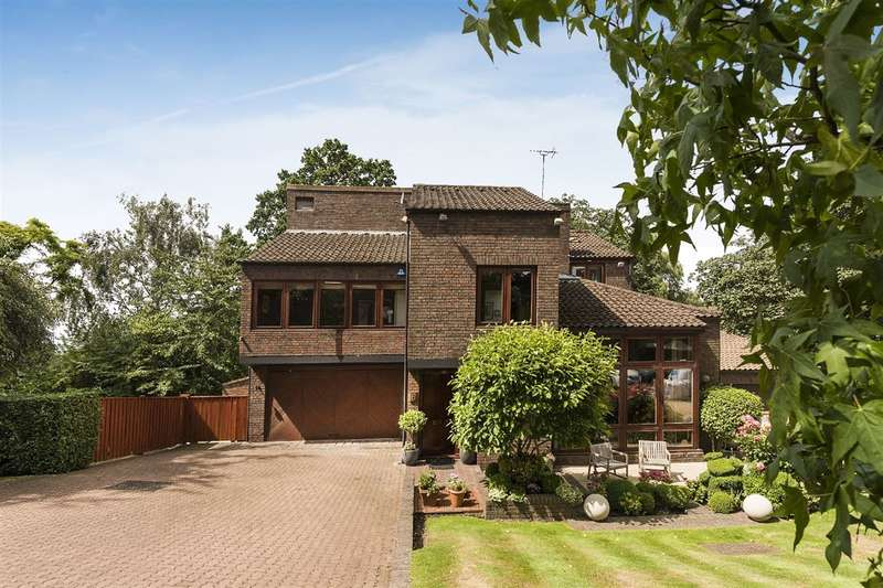 5 Bedrooms House for sale in Grange Gardens, Hampstead, NW3