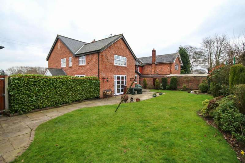 4 Bedrooms Property for sale in Wayside Cottage, Lower Stretton, WARRINGTON, WA4