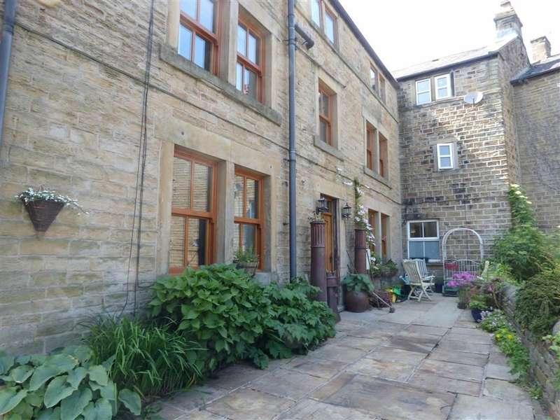 4 Bedrooms Property for sale in Cumberworth Road, Skelmanthorpe, HUDDERSFIELD, West Yorkshire, HD8