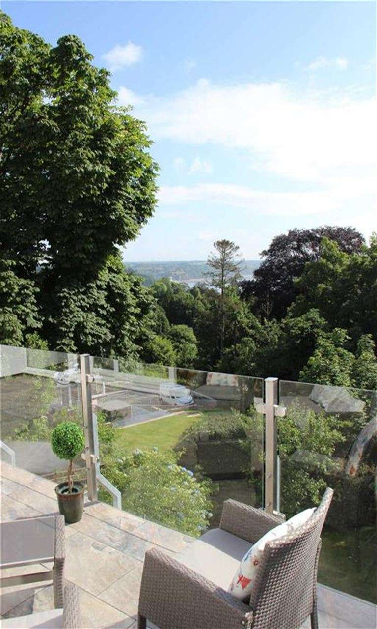 4 Bedrooms Property for sale in Scandinavia Heights, Saundersfoot