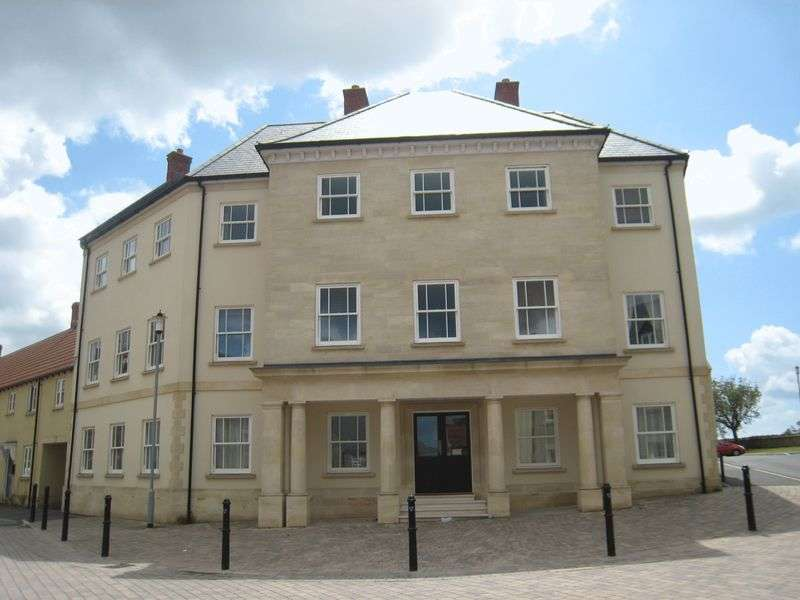 2 Bedrooms Flat for sale in Spencer Road, Shepton Mallet