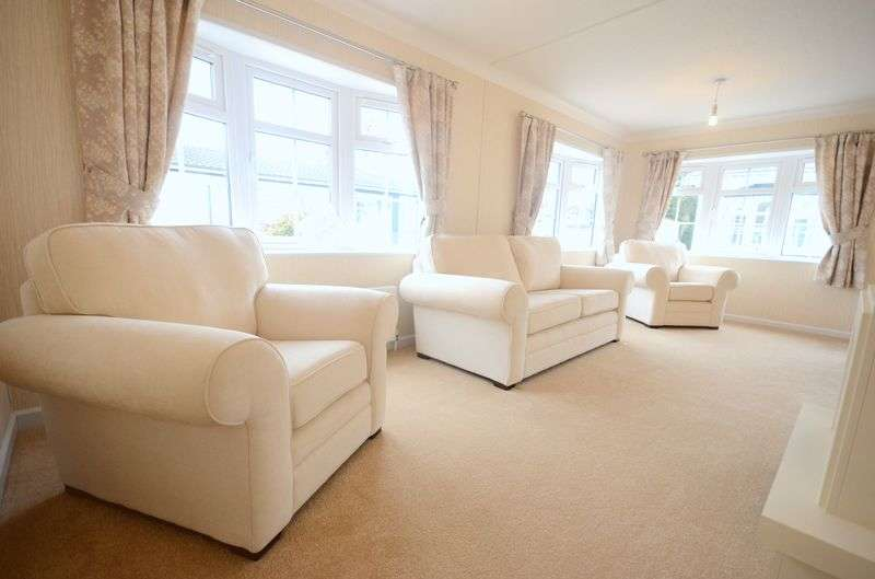 2 Bedrooms Detached Bungalow for sale in Brand New Luxury Park Home, Gracelands Park, BH23