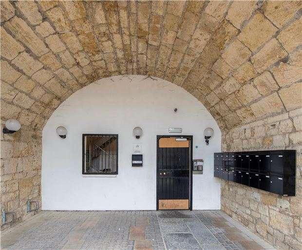 1 Bedroom Flat for sale in Newtown, BRADFORD-ON-AVON, Wiltshire, BA15