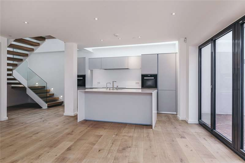 4 Bedrooms Mews House for sale in Burnthwaite Mews, Fulham, London, SW6