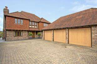 6 Bedrooms Detached House for sale in Back Lane, Cross In Hand, Heathfield, East Sussex