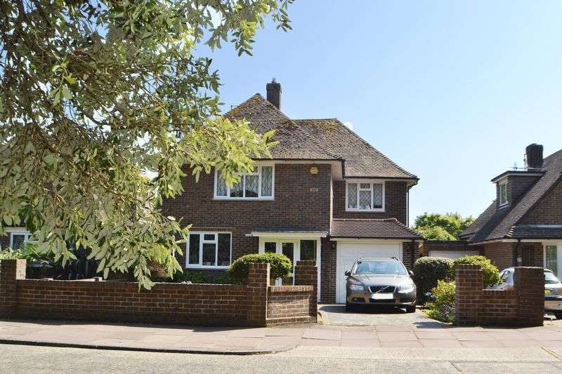 3 Bedrooms Detached House for sale in GORING HALL