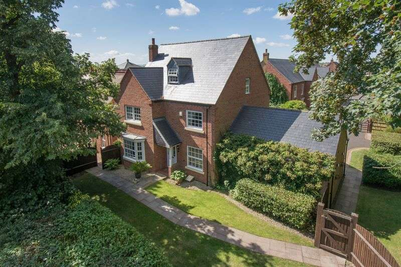 4 Bedrooms Detached House for sale in Birmingham Road, Stratford-Upon-Avon