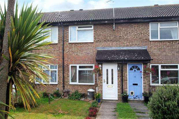 2 Bedrooms Terraced House for sale in Nimbus Close, Littlehampton, West Sussex, BN17