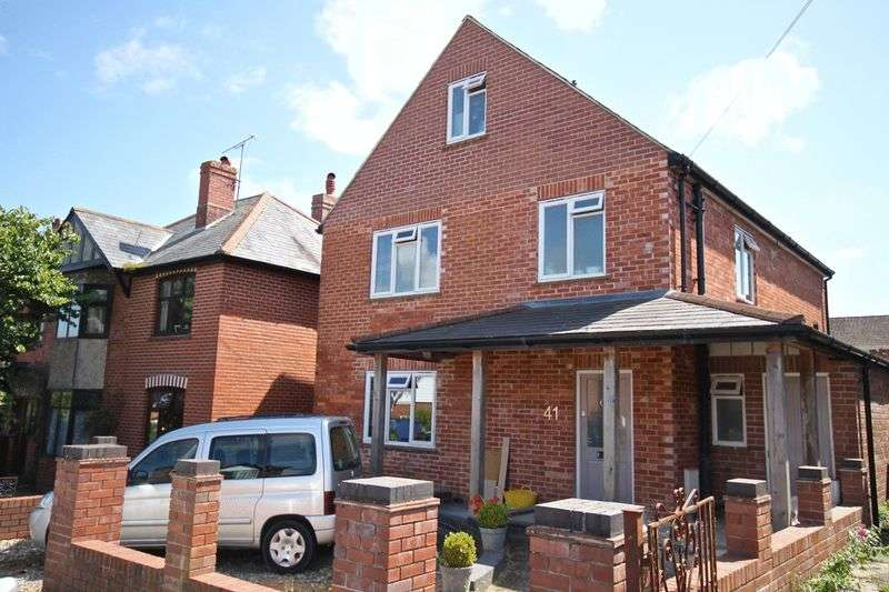 4 Bedrooms Detached House for sale in Louise Road, Dorchester, DT1