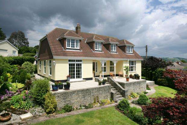 3 Bedrooms Detached House for sale in Lower Wheathill, Sidmouth, Devon