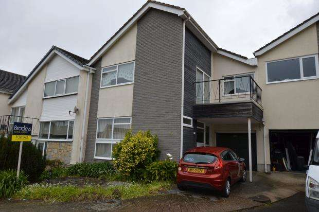 3 Bedrooms Terraced House for sale in Warwick Close, Babbacombe, Torquay, Devon