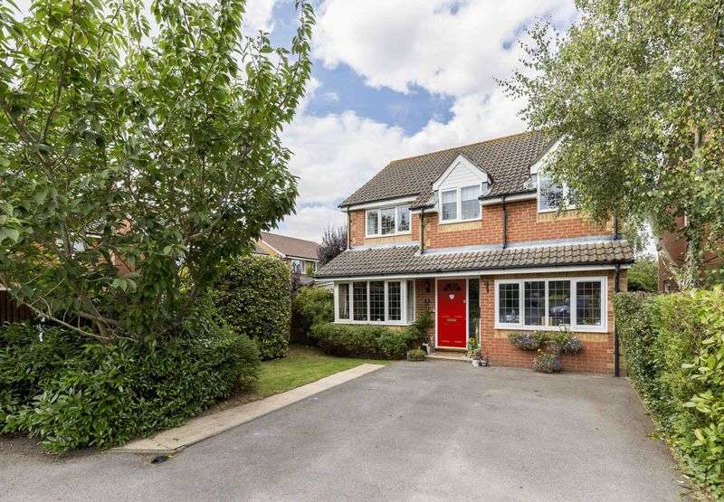 4 Bedrooms Detached House for sale in Shepherds Close, Hambrook