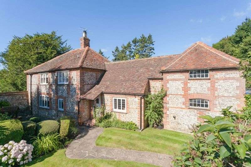 4 Bedrooms Detached House for sale in Totteridge Common