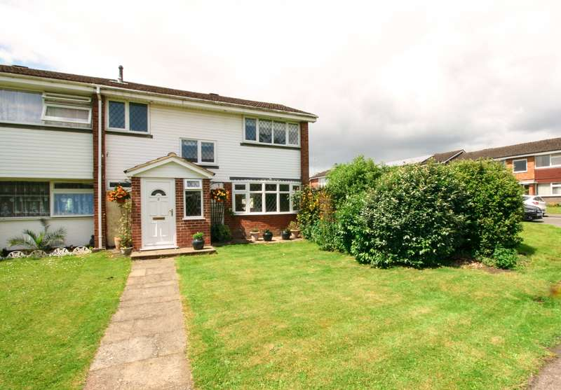 3 Bedrooms End Of Terrace House for sale in Central Burnham - Burn Walk