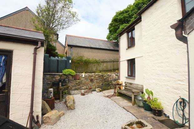 3 Bedrooms End Of Terrace House for sale in Sithney, Helston, Cornwall