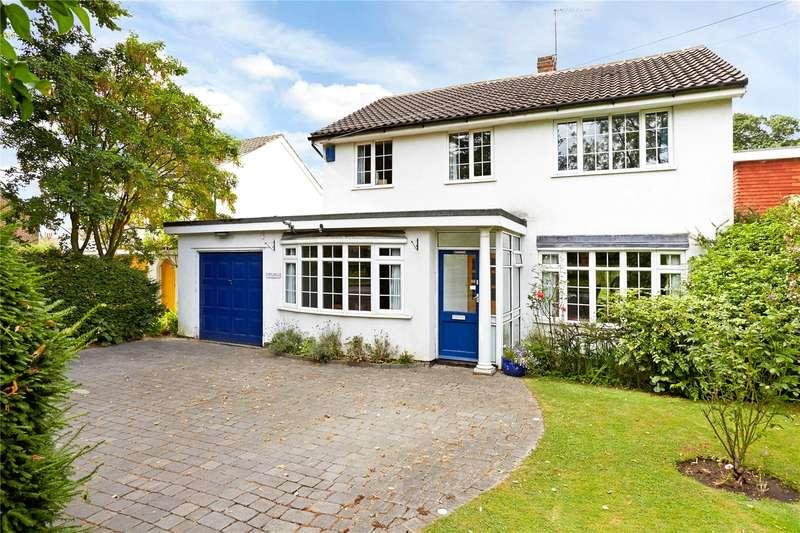 4 Bedrooms Detached House for sale in Ottways Lane, Ashtead, Surrey, KT21
