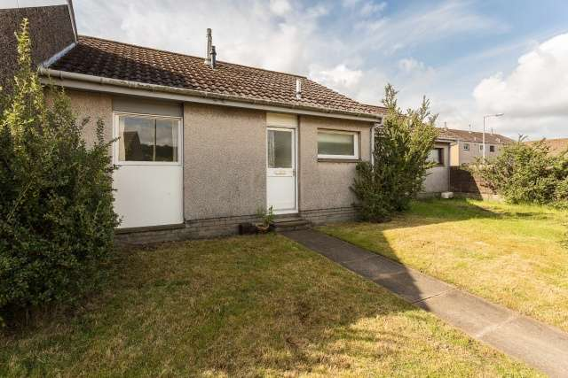 1 Bedroom Terraced House for sale in Lochend Road, Carnoustie, Angus, DD7 7QF