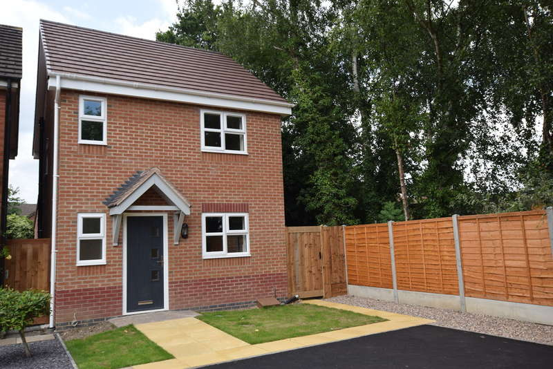 3 Bedrooms Detached House for sale in Winster Avenue, Dorridge